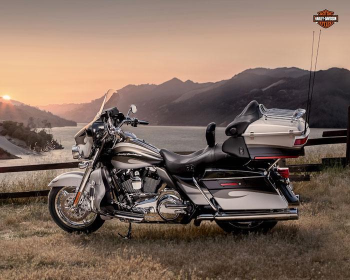 2013 Harley-Davidson FLHTCUSE8 CVO Ultra Classic Electra Glide