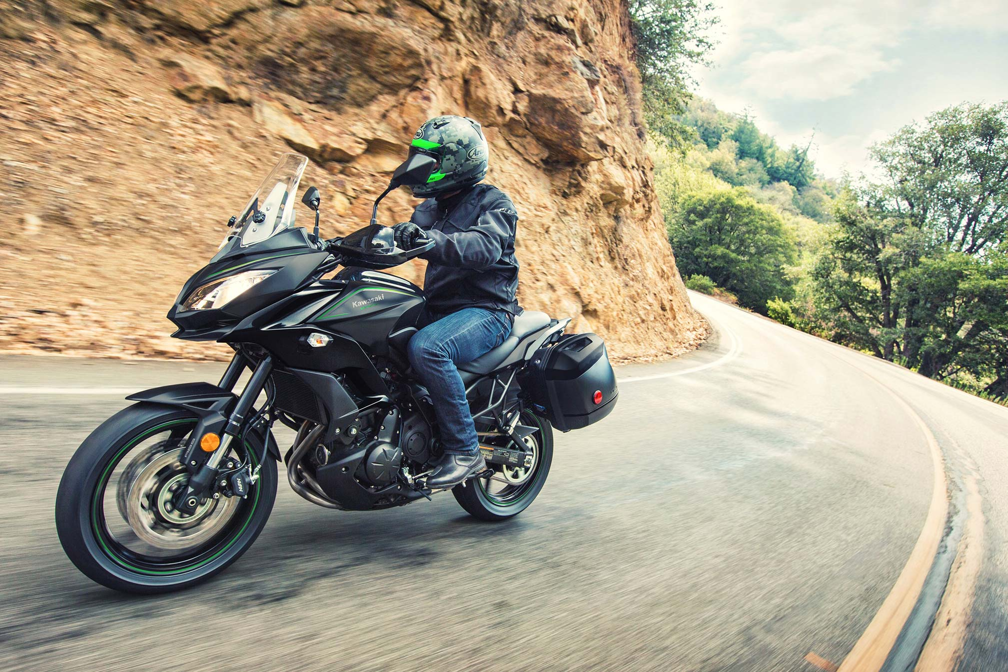 2017 kawasaki versys 650 abs lt review. Black Bedroom Furniture Sets. Home Design Ideas