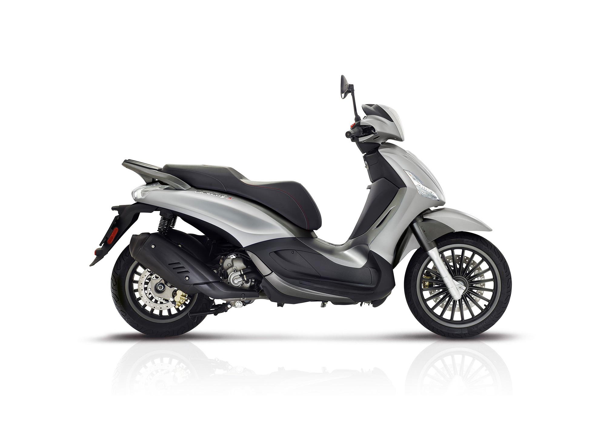 2017 piaggio beverly 300s review