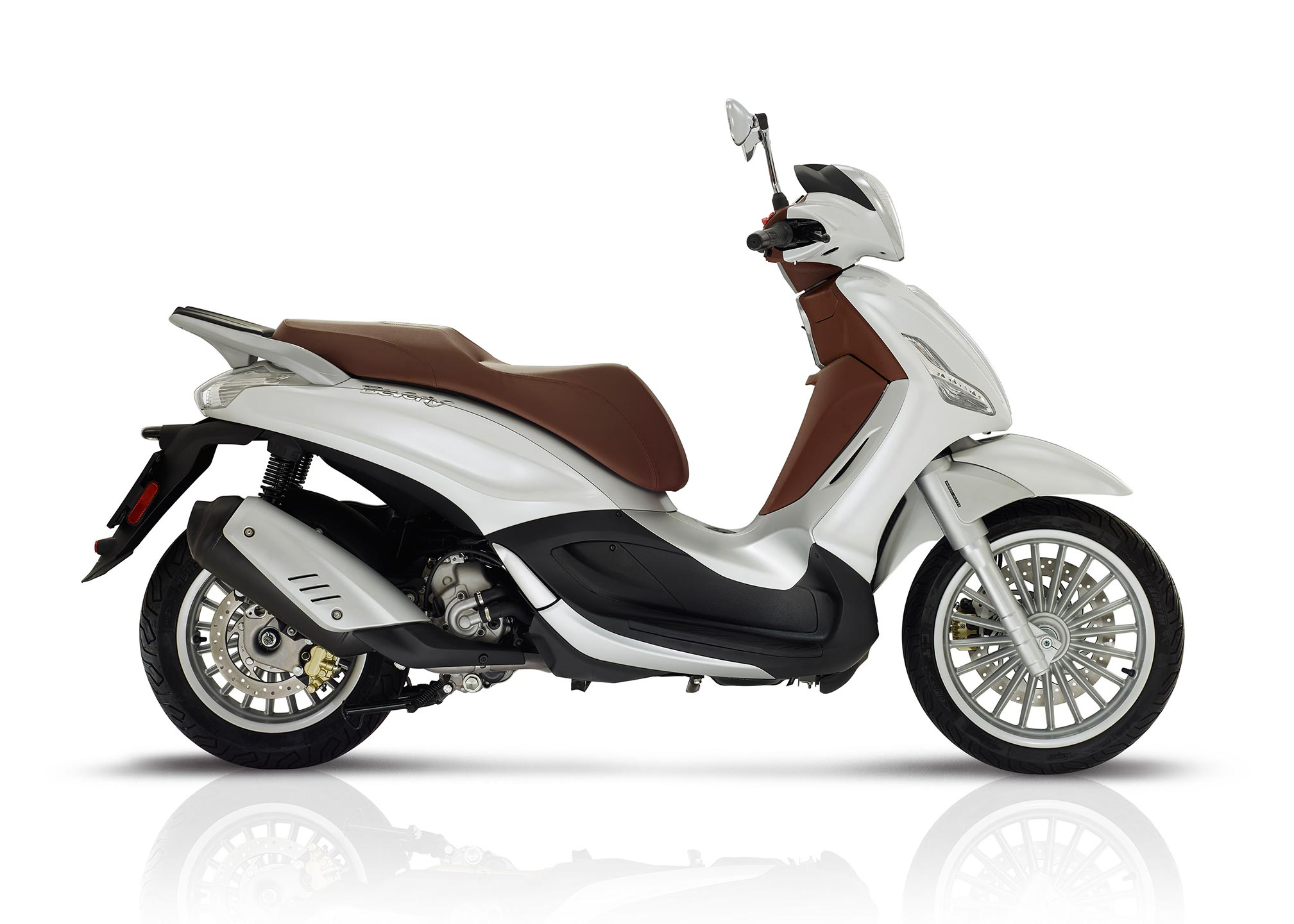 2017 piaggio beverly 300 review