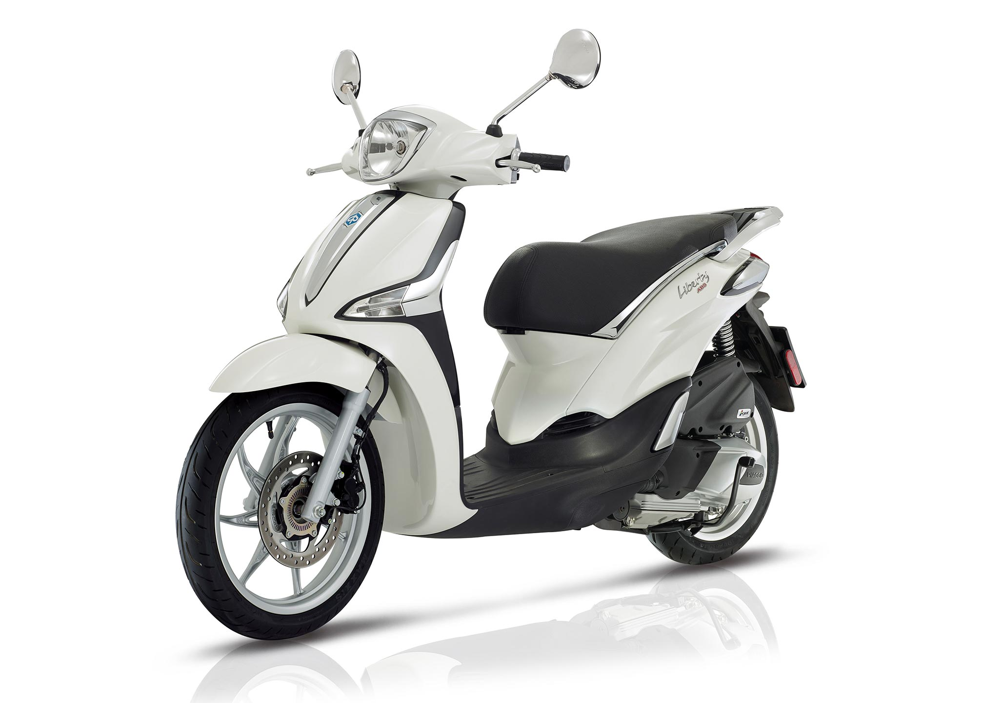 2017 piaggio liberty 150 abs iget review. Black Bedroom Furniture Sets. Home Design Ideas
