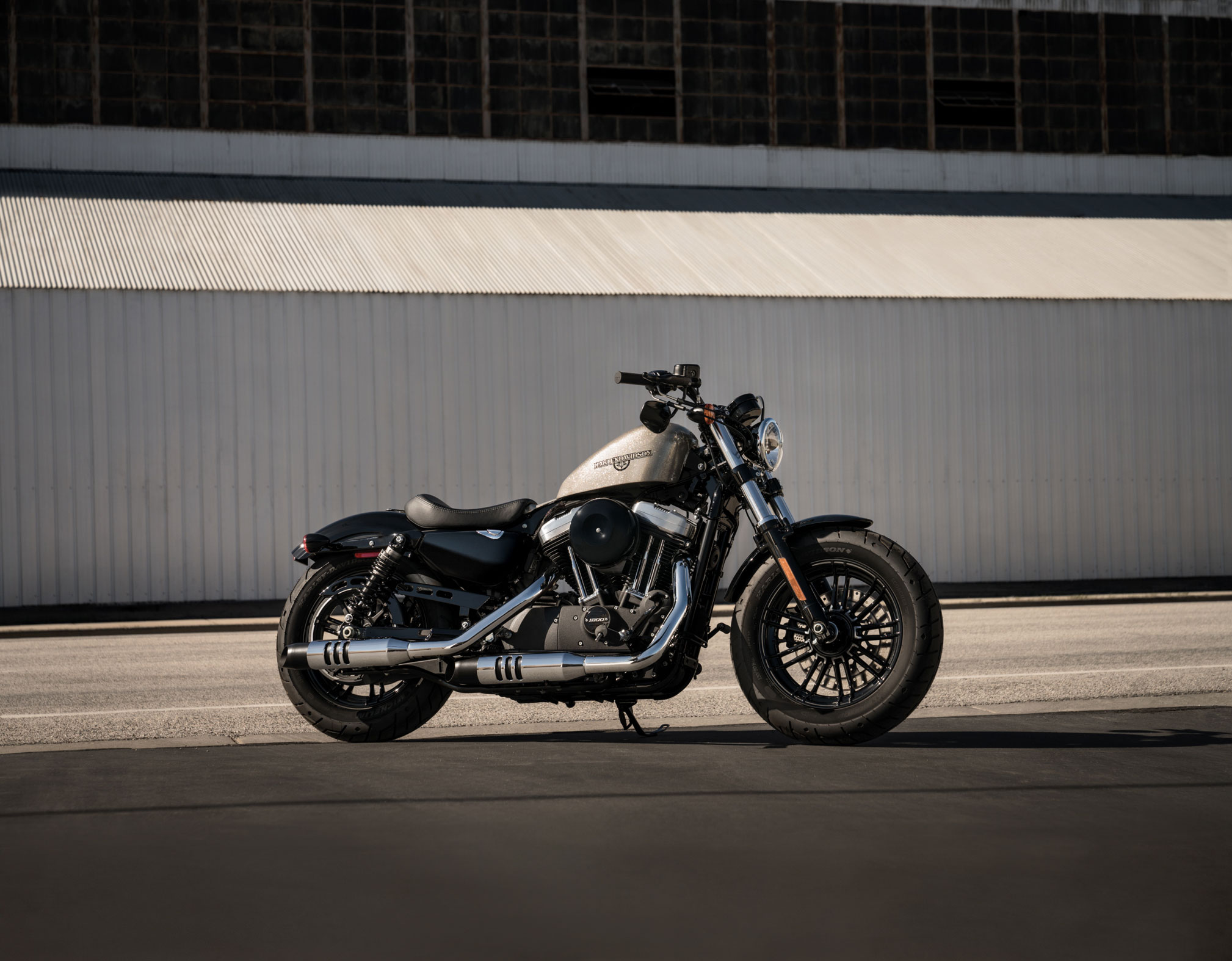 2018 harley davidson forty eight review totalmotorcycle. Black Bedroom Furniture Sets. Home Design Ideas