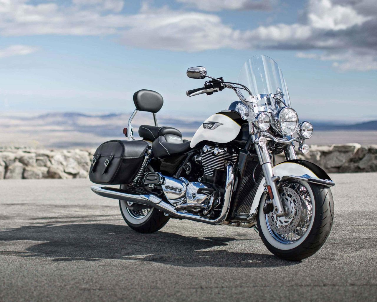 2018 Triumph Thunderbird Lt Review Totalmotorcycle