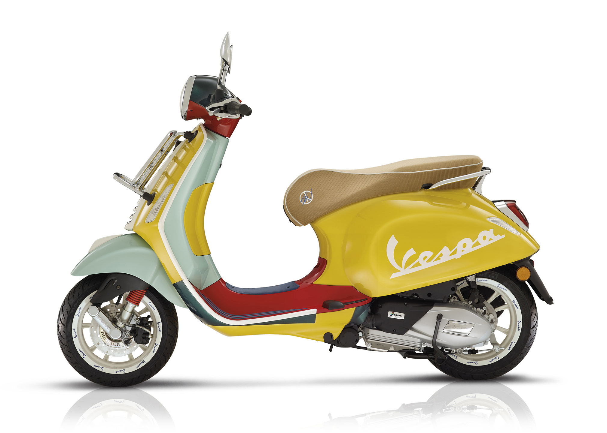 Vespa GTS 300 HPE Supertech - Scooter Central   Your One