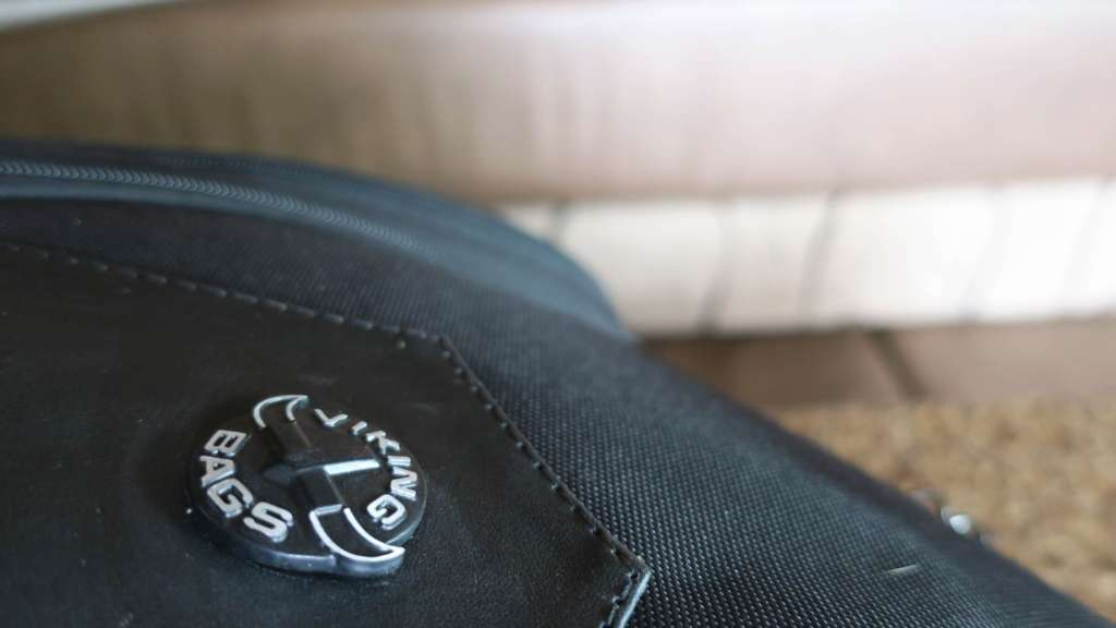 Close up of the Viking Bags Logo.